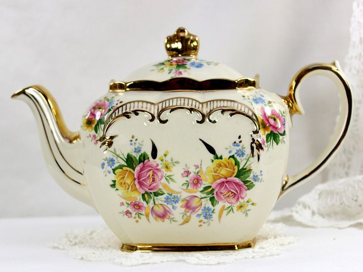 #Sadler #Tea Pot, Cube Shaped Vintage Teapot, Pink and Yellow Roses & Scroll Gilding 12553 by TheVintageTeacup on Etsy