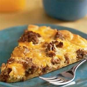 Breakfast Pizza Recipe--crescent roll dough, sausage, cheese, hash browns, and eggs. Sounds yummy!