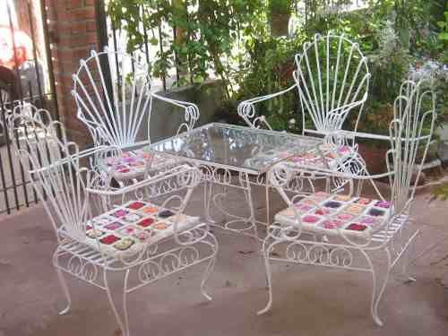 Antiguo juego de jard n en hierro forjado sillones mesa for Sillones de patio