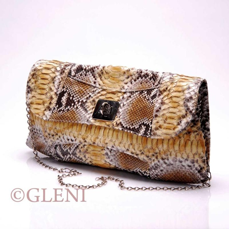 From ItalianModa : GLENI - 3841 - Python clutch