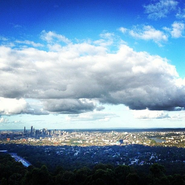 Mount Coot-tha Lookout, nice view of the city.