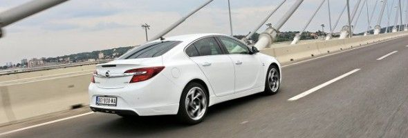 Opel Insignia 2.0 CDTI Cosmo 04 http://www.disauto.net/opel-insignia-2-0-cdti-cosmo-best-car-middle-class/