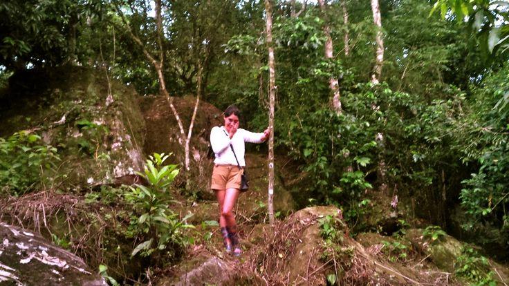 Tlapacoyan in Veracruz-Llave. Jungle trip. Button-down: Chester & Peck. Shorts: United Colors of Beneton. Cross-body: Coach messenger. Boots: Plastic rain boots
