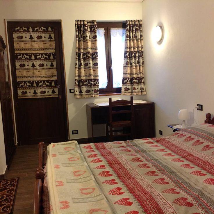 Oltre 1000 immagini su camere da letto rustiche in legno massello ...