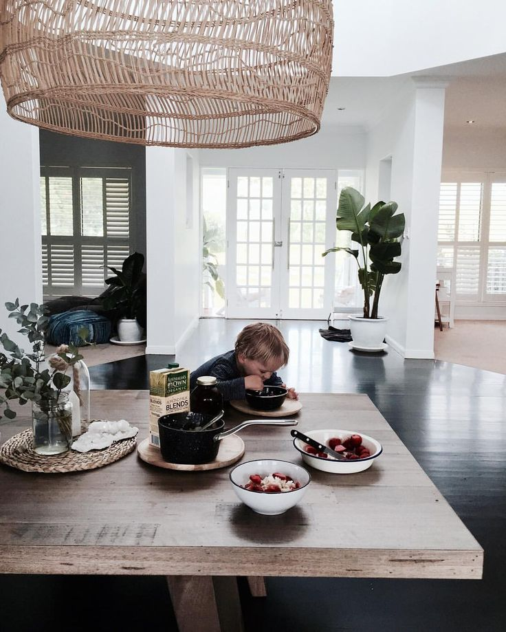 "7,104 Likes, 134 Comments - Loni Jane (@lonijane) on Instagram: ""Breakfast with this little stud is never dull we have had oats pretty much ever day for the last…"""
