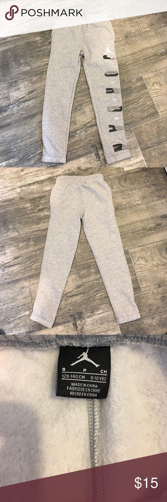 Jordan skinny sweats Brand new without tags. Slim fit through leg. ❌no trades or outside transactions❌ Jordan Bottoms Sweatpants & Joggers