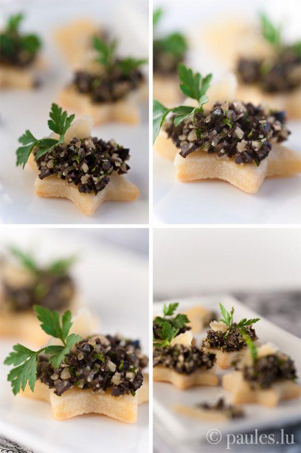 Comté-Mürbeteig-Plätzchen mit Olivenkaviar