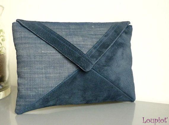 Pochette enveloppe en Jean et cuir velours bleu