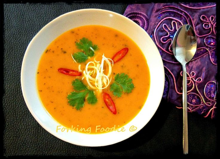 Thai-spiced butternut squash soup, from 62 calories a portion, light and spicy, fantastic as a starter, or lunchtime snack, makes 10 potions out of one squash!