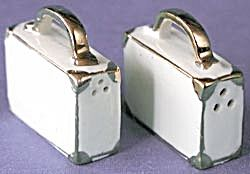 VINTAGE Small SUITCASES Salt & Pepper Shakers