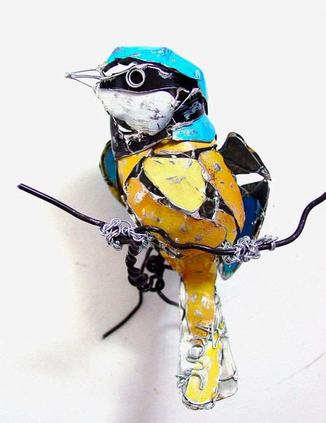 "BIRDS MADE FROM RECYCLED METAL SCRAPS ""Inspired by the forms of animals artist Barbara Franc seeks to capture a sense of motion as she recreates a variety of wildlife from birds to horses using reclaimed materials such as old food tins. Via her artist statement: I have always been fascinated by the shapes and sculptural forms of animals, they present a never-ending source of inspiration to me. I try to capture a feeling of their movement and presence in my sculpture. For this I use wire…"