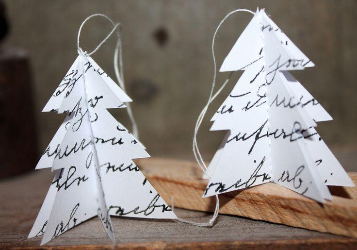 3 Vintage Geschenkanhänger Tannenbaum Baumschmuck paper craft christmas JUL Nostalgie Weihnachtsdeko von Handmade Erzgebirge auf DaWanda.com