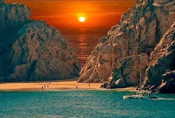 Пляж в Кабо-Сан-Лукас, Мексика
