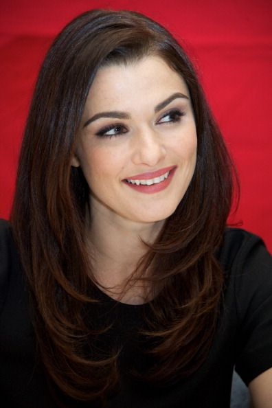 Rachel Weisz always has pretty makeup & hair. She's gorgeous.