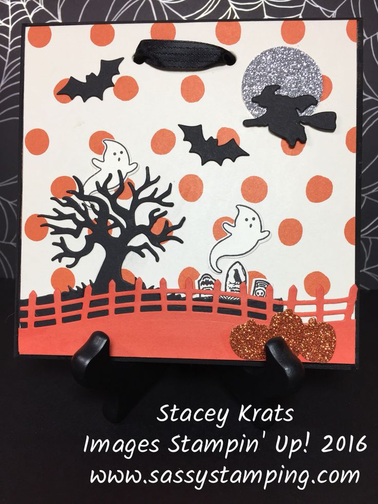Halloween plaque to display in your home or office.