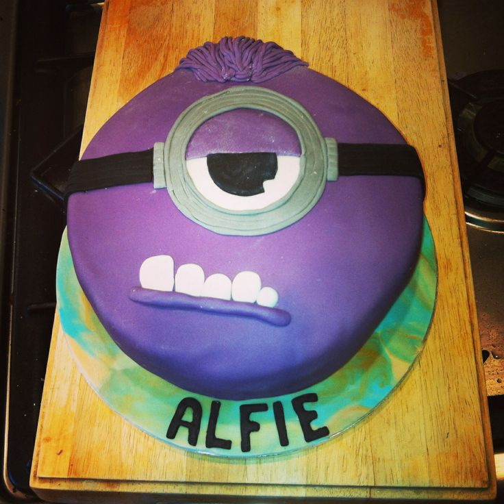 Purple minion cake :) | Boy Birthday | Pinterest | Minion ...