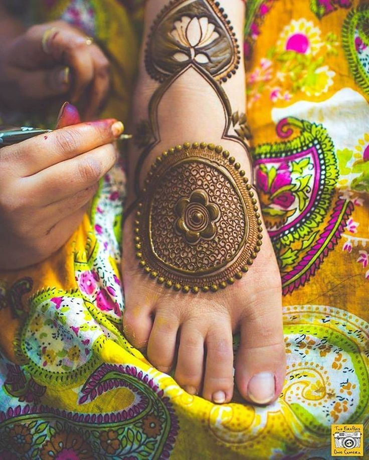 Latest & Best Eid Mehndi Designs (13)