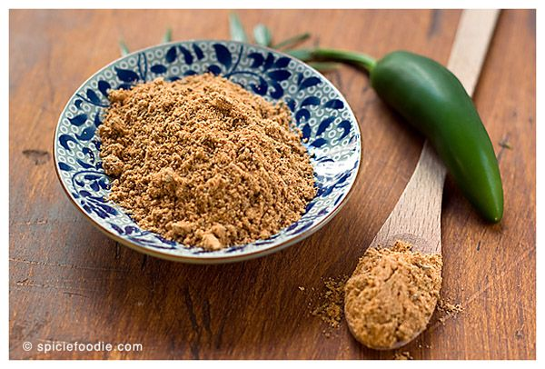 Homemade mexican taco seasoning from spiciefoodie.com.