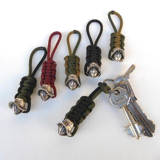 Gladiator helmet metal bead zip pull/key chain