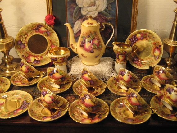 Sale Stunning 26 Pcs Aynsley Orchard Gold Tea By