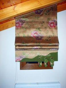 Λοξά Ρόμαν – Λοξά Πακέτα Όποιο σχήμα (λοξό, σπαστό, τριγωνικό, κυκλικό κ.λπ.) ή κλήση έχει η οροφή του σπιτιού σας μη διστάσετε να ράψετε Ρόμαν, κουρτίνες, λαμπρικέν αλλά και μετώπες. Προσαρμόζεται σχεδόν κάθε μηχανισμός ανάρτησης κουρτινών. Καλέστε μας να σας δώσουμε την καλύτερη δυνατή λύση. Τολμούμε αυτά που οι άλλοι απορρίπτουν ακόμη και σαν ιδέα. Θα μας βρείτε: www.marapapado.blogspot.gr