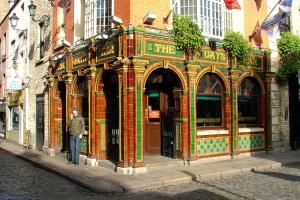 Heading for Dublin's Temple Bar? Then Consider These Pubs ...: The Quays
