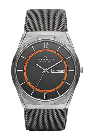 Free shipping and returns on Skagen 'Melbye' Round Mesh Strap Watch, 40mm at Nordstrom.com. A retro day-and-date window combined with a colorful inset minute track gives urbane style to a slick titanium watch designed to fit close to the wrist with a comfortable steel-mesh bracelet.
