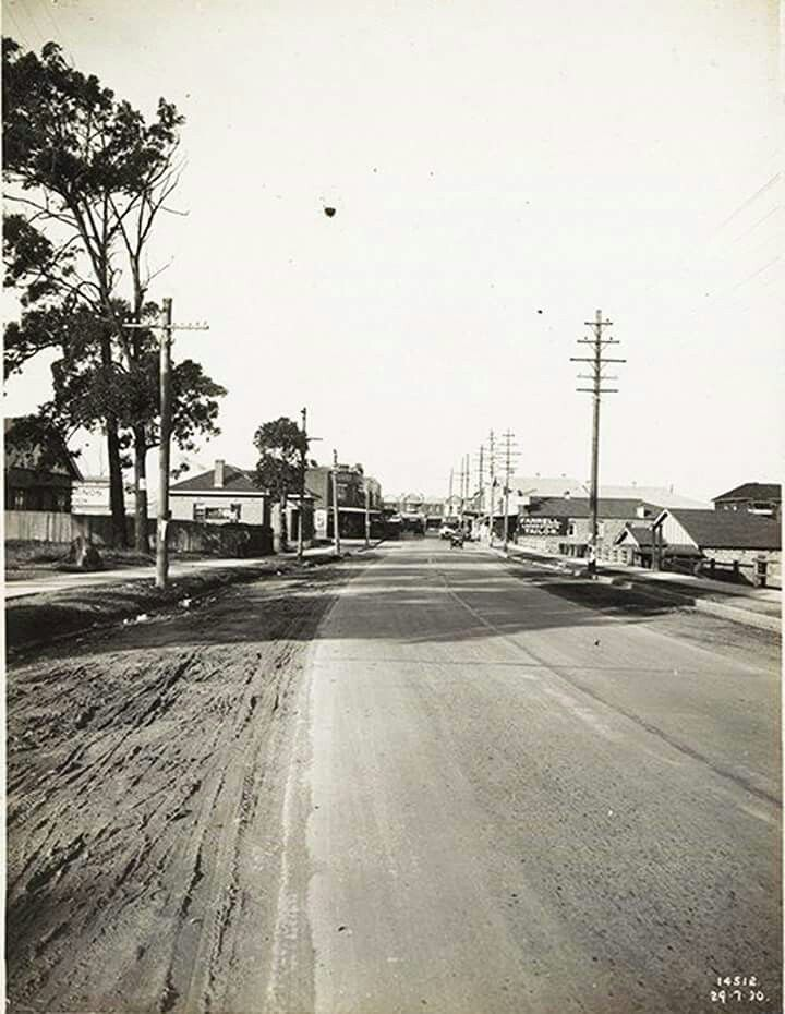 Burns Bay Rd in Lane Cove,Sydney with Longueville Rd in the distance in the 1930s.Photo  from State Library of NSW.A♥W