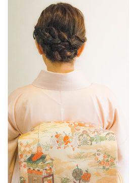 編み込みでかわいさをプラス♡ 茶道をする時に真似したいヘアスタイル。髪型・アレンジ・カットの参考に。