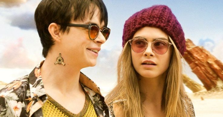 Valerian Review: Lush Wizardry Offset by a Convoluted Plot -- Valerian and the City of a Thousand Planets looks incredible, but never reaches the point of rousing sci-fi adventure. -- http://movieweb.com/valerian-city-thousand-planets-movie-review/