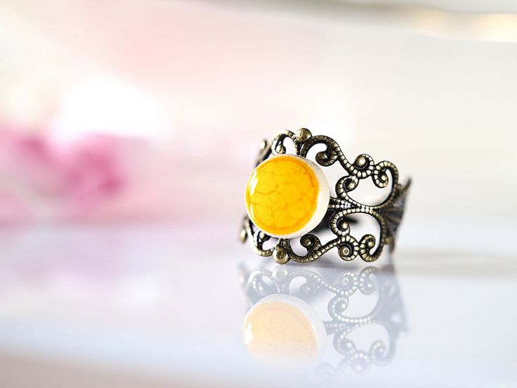 www.polandhandmade.pl #polandhandmade #ceramika #zudesign Yellow ceramic ring Handmade yellow ceramics on brass filigree band Adjustable ring Victorian style band ring Yellow ring Clay ring Ceramics by ZuDesignJewelry on Etsy