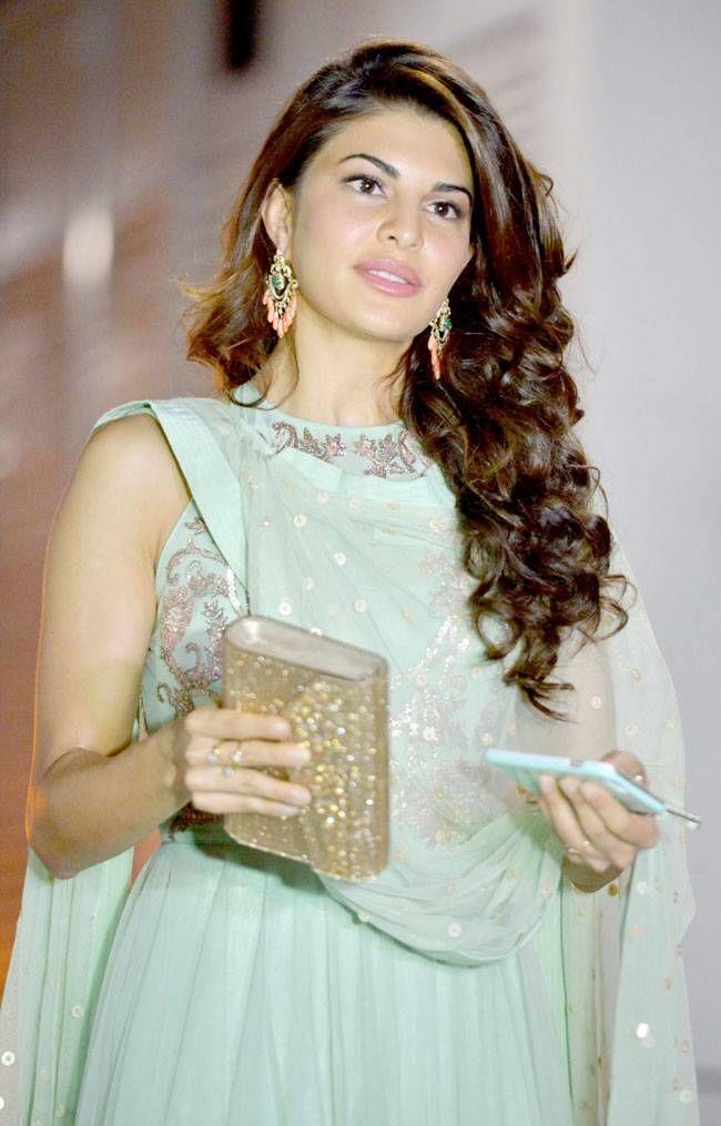 Jacqueline Fernandez at Afsar Zaidi's Diwali Bash