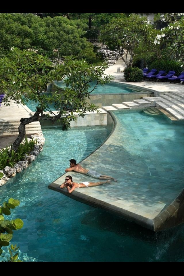 What an awesome pool