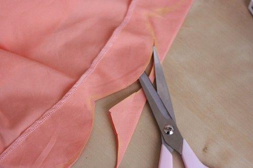 Tutorial: Make an easy scalloped hem | Coletterie
