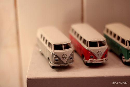 i kinda want these VW buses