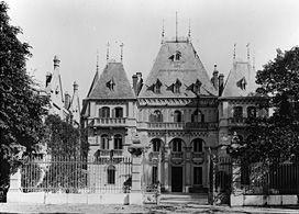 Le Château de La Reynarde, le Château Régis et le Château de La Buzine