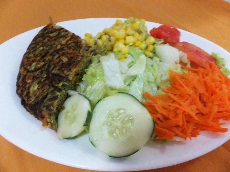 Tortilla! (Este y muchos platos fondos más puedes comer en nuestro café Triana en Providencia en Santiago de Chile!!)