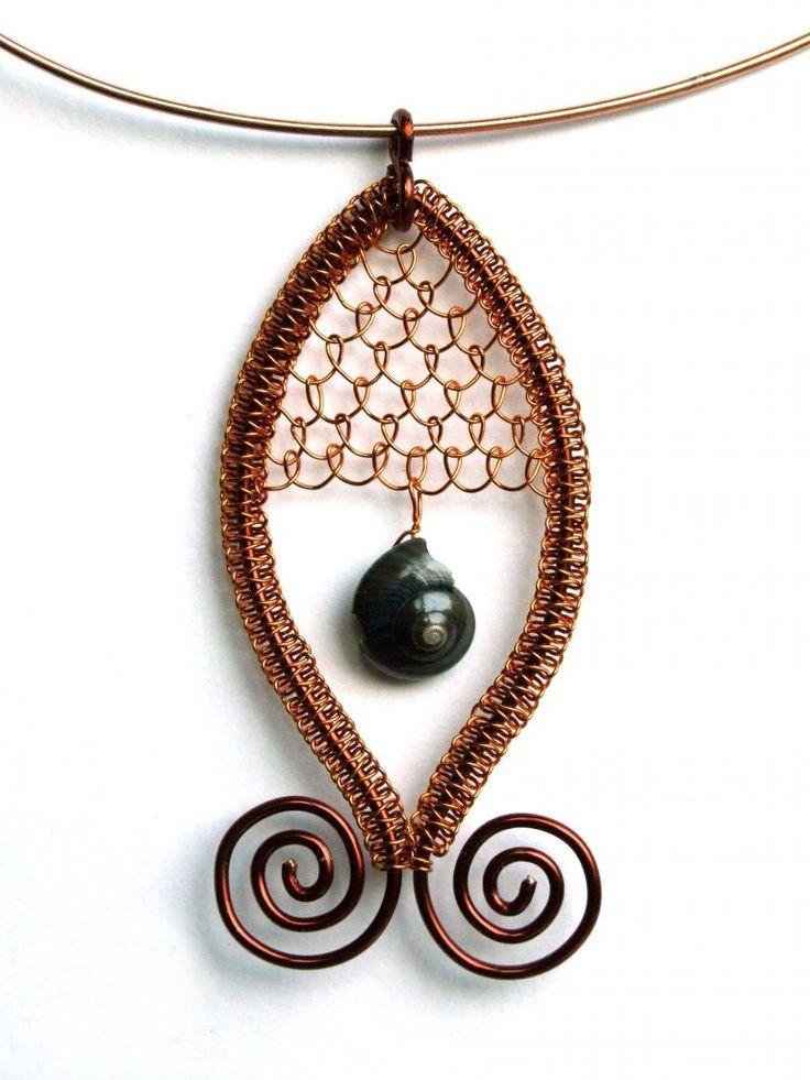 Časopis o korálkování KORÁLKI. Wire wrapped necklace Photo tutorial