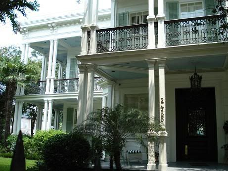 John Goodman's home in the Garden District of N.O. - New Orleans City Slickers photo: New Orleans City Slickers This photo was uploaded by jwhensley