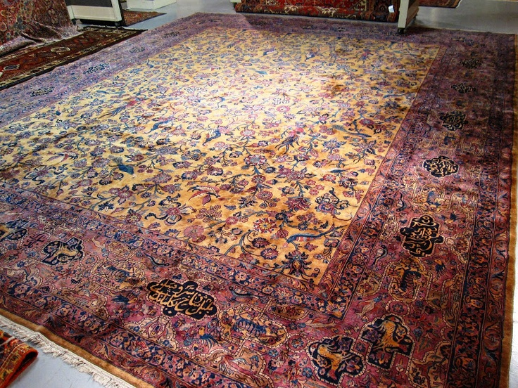 WEEKEND FIND: A POSH PREVIEW OF A FINE RUG AND CARPET AUCTION