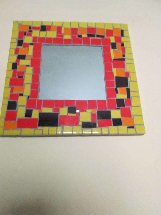 Espejo con mosaico.