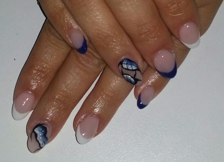blue&white french with snake skin effect