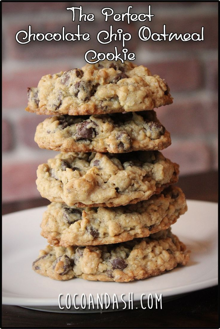 The perfect Chocolate Chip Oatmeal Cookie recipe!! SUPER SOFT AND CHEWY!!