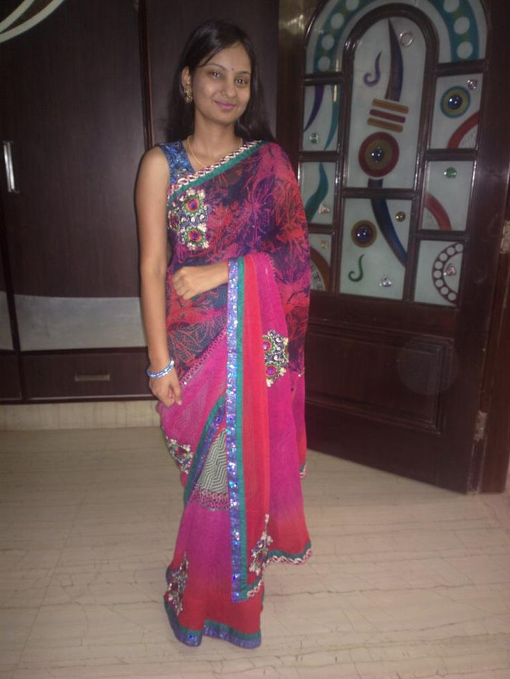 @Admyrin #selfieinsaree I love to wear saree ... Being true Indian traditional <3