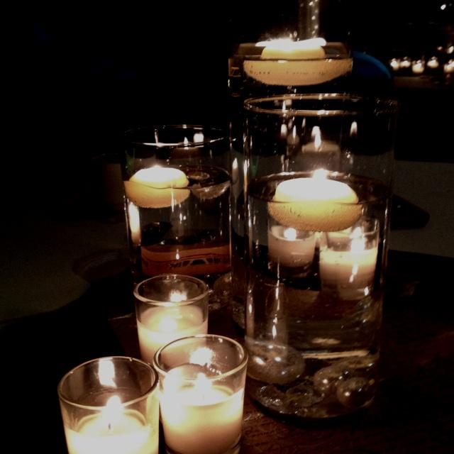 Floating Candle Wedding Centerpiece Ideas: Floating Candles Centerpiece!