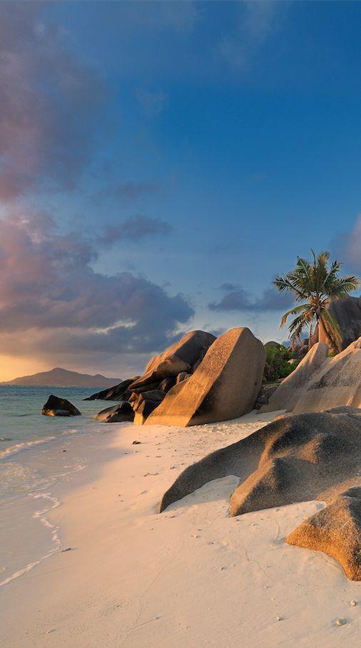 Die besten Tipps für die Seychellen: http://www.travelbook.de/welt/Die-besten-Tipps-fuer-die-Seychellen-533631.html