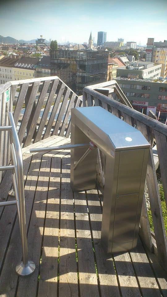 Тумбовый турникет Gotschlich серии Modul http://vk.com/gotschlichrus #turnstiles #турникеты #готшлих #gotschlich #трипод #box #tripod #turnstile #gate