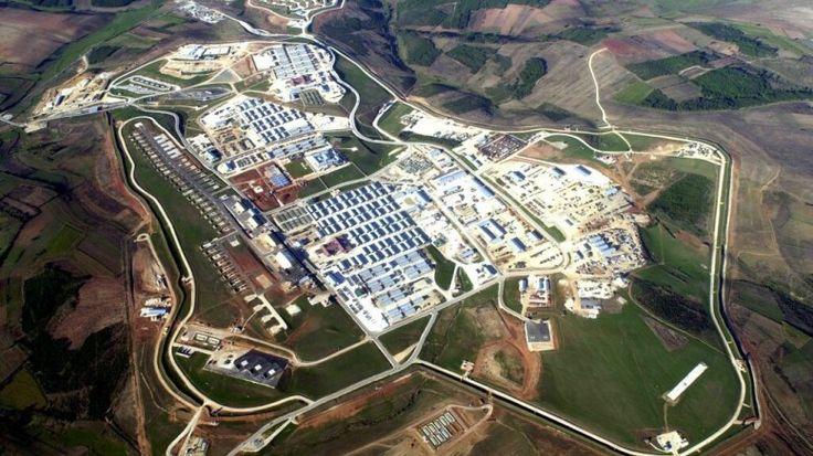 Η αμερικανική στρατιωτική βάση Camp Bondsteel στο Κόσοβο. Φωτογραφία ΑΜΕΡΙΚΑΝΙΚΗΣ ΚΥΒΕΡΝΗΣΗΣ
