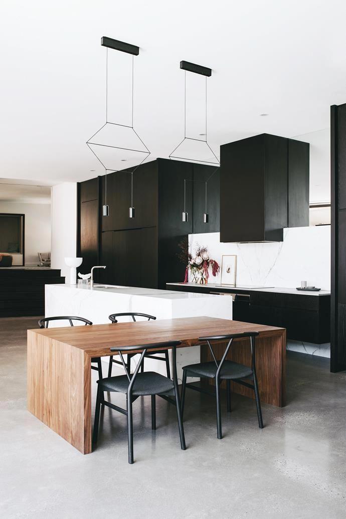 Black Cabinetry Photo Christopher Morrison Story Belle Luxurykitchen Luxury Kitchens Interior Design Kitchen Modern Kitchen Design