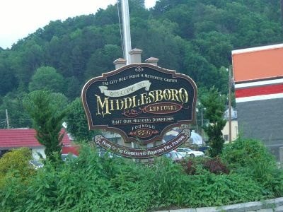 Middlesboro, KY is the only city in the United States built within a meteor crater.